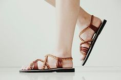 Chic sandal that makes an instant update to your warm-weather style