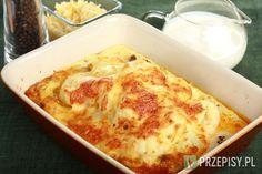 Kalafior podgotuj, mięso dopraw przyprawą Delikat Knorr i podsmaż. Przygotuj sos serowy: śmietankę wymieszanej z jajkami, startym serem oraz odrobiną soli i pieprzu. Posmaruj naczynie żaroodporne masłem. Następnie ułóż w nim mięso i kalafiora. Całość zalej przygotowanym sosem serowym i zapiekaj ok. 30 minut w piekarniku nagrzanym do 200 stopni. Podawaj gotowe danie z ciabattą oraz sałatą. Ciabatta, Keto Dinner, Lchf, Lasagna, Low Carb Recipes, Cauliflower, Macaroni And Cheese, Paleo, Food And Drink