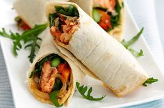 A simple Salmon and asparagus fajitas recipe for you to cook a great meal for family or friends. Buy the ingredients for our Salmon and asparagus fajitas recipe from Tesco today.