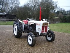 1970 David Brown 780 Selectamatic Tractor £5,000 - 7,000