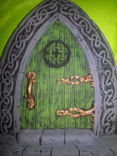 Fairy doors on pinterest fairy garden doors fairies and for Irish fairy door ideas