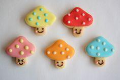 five mushroom cookies