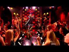 Macklemore - Thrift shop live at Billboard Music Awards - YouTube