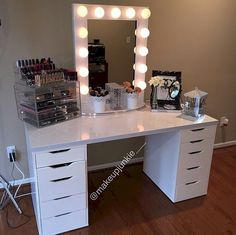 Buy fashion from Influencers & shop celebrity closets in our online store. Vanity Makeup Rooms, Makeup Vanity Mirror, Vanity Set Up, Beauty Room Decor, Makeup Storage Organization, Make Up Storage, Room Planner, Make Up Collection, My Room