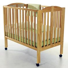 Dream On Me 2 in 1 Folding Portable Crib - Natural - 682-N