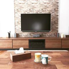 女性で、のキュビオス/#新築/壁掛けTV/マスターウォール/ルミナラ/ムーミンマグ…などについてのインテリア実例を紹介。「リビング」(この写真は 2015-10-17 09:34:04 に共有されました) Japanese Living Rooms, Tv Stand Designs, Living Room Tv Unit Designs, Muebles Living, Dining Room Design, My Room, Ideal Home, Architecture Design, House Plans