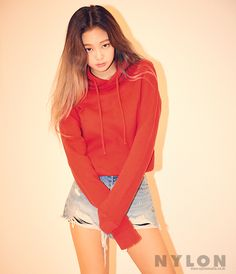 What happens when BTS and BlackPink go to the same school and they have to share the same dorm? The ships in this story: Rap Monster × Jennie Jungkook × Lisa Jimin × Rosé Jin × Jisoo Highest Rankings: in Fanfiction on August 2017 Blackpink Jennie, Blackpink Fashion, Korean Fashion, South Korean Girls, Korean Girl Groups, Poses Modelo, Jenny Kim, Rapper, Black Pink