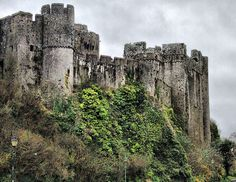 PEMBROKE CASTLE    HDR by coletracey, via Flickr - another from my family history.