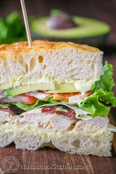 "Chicken Bacon Avocado Sandwich with ""secret sauce"" - A Kneaders Bakery Copycat Recipe.focaccia bread spread with a mixture of mayo, sour cream and mustard and piled high with turkey, provolone cheese and fresh vegetables Cold Sandwiches, Healthy Sandwiches, Delicious Sandwiches, Copycat Recipes, Gourmet Recipes, Cooking Recipes, Healthy Recipes, Chicken Sandwich Recipes, Soup And Sandwich"