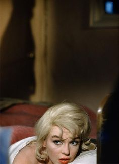 Marilyn Monroe on the set of The Misfits (1961, dir. John Huston)