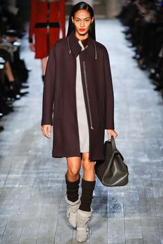 Victoria Beckham Fall 2012 Ready-to-Wear Fashion Show - Joan Smalls