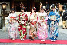 あでやか♪乃木坂♪晴れ着姿 新成人メンバーが乃木神社参拝 デイリースポーツ