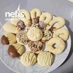Tek Hamurla Çesitli Kurabiyeler - Nefis Yemek Tarifleri Doughnut, Cookies, Desserts, Food, Baking, Crack Crackers, Tailgate Desserts, Biscuits, Dessert