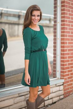 Love this beautiful green color, cinched waistline and classic fit. Great for fall!