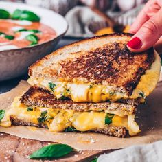 Here Are the 32 Best Tasting Picnic Sandwiches in the World . How To Make Sandwich, Soup And Sandwich, Food Styling, Sandwich Fillings, Vegan Grilling, Bowl Of Soup, Recipe Collection, Healthy Cooking, Food Photo