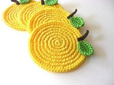 Crochet Coasters Garland Bunting Pattern Bowls Placemats Birdhouses, Wedding and Nursery Decoration. Attractive crochet items to your Sweet Home Crochet Kitchen, Crochet Home, Love Crochet, Crochet Gifts, Crochet Motif, Crochet Doilies, Crochet Designs, Crochet Flowers, Crochet Baby