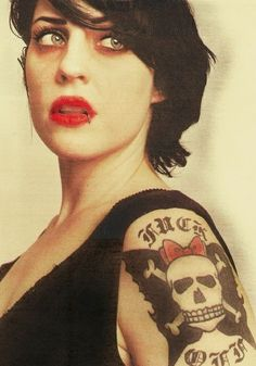 Tim Armstrong, Brody Dalle, The Distillers, Josh Homme, Choppy Bob Hairstyles, Women Of Rock, Flesh And Blood, Iggy Azalea, Face Art