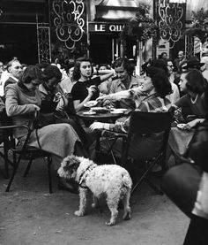 Paris 1951  Photo: Gordon Parks