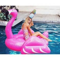 zpr As novidades para o verão já chegaram no site ☀ www.mariavesteasoutras.com.br #bemvindaaonossomundo #vestido #macaquinho #ecommerce #mariavesteasoutras
