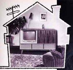 Puppenhäuser Museum 1950s  Economic Miracle =GERMAN  Wirtschaftswunder Reality: Contemporary advertising firm of Loewe Opta = GERMAN  Wirklichkeit: Zeitgenössische Werbung der Firma Loewe Opta