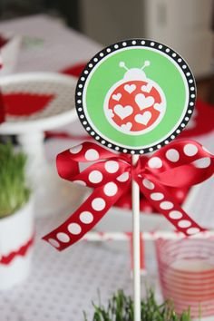 SNEAK PEEK of STYLISH KIDS' PARTIES by Kelly Lyden: Love Bug Valentine's Day Party #stylishkidsparties #whhostess #valentinesday #diy #lovebug #ladybug