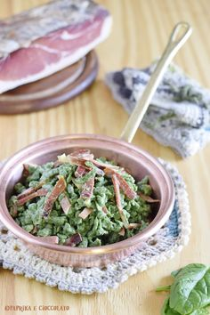 Spatzle di spinaci con speck - Paprika e Cioccolato Spatzle, Green Beans, Food And Drink, Pasta, Vegetables, Cooking, Recipes, Kitchen, Recipies