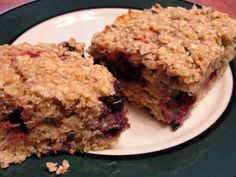 The Pursuit of Happiness: Healthy Berry Oatmeal Bars