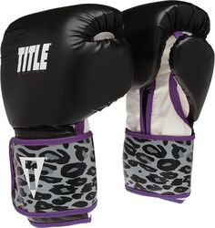 Cute boxing gloves with leopard print and purple trim. Boxing Training Gloves, Workout Gloves, Boxing Gloves, Workout Gear, Workouts, Boxing Club, Boxing Girl, Women Boxing, Boxing Boxing