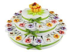 Torta bomboniera con 38 fette soggetto coccinella su fiore confetti a scelta inclusi #tortabomboniera #portachiavi #ideabomboniera #margherita