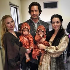 Bildergebnis für i know a mother shouldn't have a favourite - quote reign catherine de medici Adelaide Kane, Reign Cast, Reign Tv Show, Mary Queen Of Scots, Queen Mary, Queen Elizabeth, Serie Reign, Reign Mary And Francis, Marie Stuart