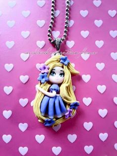 Tangled necklace