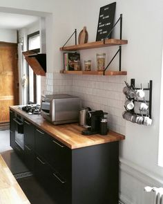 Discover recipes, home ideas, style inspiration and other ideas to try. Kitchen Room Design, Kitchen Redo, Home Decor Kitchen, Kitchen Interior, New Kitchen, Home Kitchens, Kitchen Remodel, Küchen Design, Sweet Home