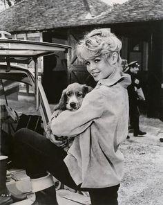 Brigitte Bardot and friend. #celebrities #dogs