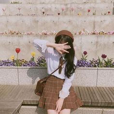 These days, some of the most popular trends in fashion and beauty are coming out from Korea. Here are the top site for buying affordable Korean Fashion online! Korean Girl Photo, Korean Girl Fashion, Cute Korean Girl, Korean Fashion Online, Korean Fashion Trends, Ulzzang Fashion, Korea Fashion, Korean Street Fashion, Fashion Fashion