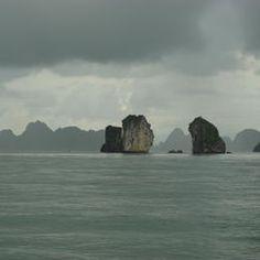 Viet Nam - Province: Quang Ninh - Ha Long Bay - ©Lionel Lalaité