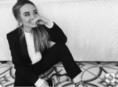 A black and white picture of Sabrina Carpenter