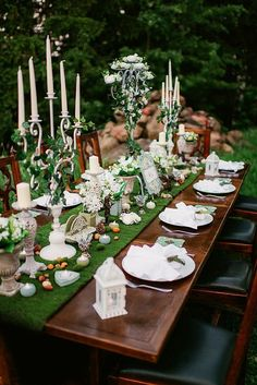Tying The Knot: Wedding Planning Tips And Tricks Hobbit Wedding, Hobbit Party, Elvish Wedding, Blue Wedding Rings, Diy Wedding Flowers, Deco Buffet, Deco Table, Wedding Table, Our Wedding