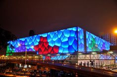 The Beijing water cube has joined the pyramids, Eiffel tower, Colosseum and Venice as world icons transformed into casinos. Party Food Themes, Casino Theme Parties, Brisbane Airport, World Icon, Vegas Theme, Cube Design, Casino Hotel, Macau, Casino Bonus