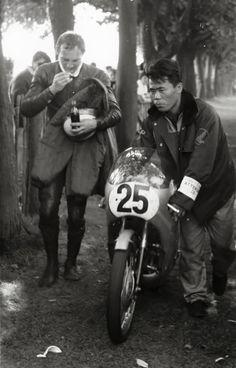 "Mike ""The Bike"" Hailwood 1966 Isle of Mann TT Honda 125cc"