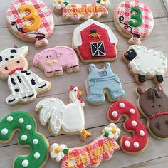 Evalynns farm Farm Cookies, Crazy Cookies, Cut Out Cookies, Cookies And Cream, Cookie Frosting, Royal Icing Cookies, Sugar Cookies, Frosted Cookies, Decorated Cookies