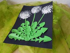 Zoom: Today we'll show you how to make a dandelion. - Easy Crafts for All Valentines Day Drawing, Valentines Day Party, Valentine Day Crafts, Spring Art, Spring Crafts, Art For Kids, Crafts For Kids, Arts And Crafts, Dragon Fly Craft