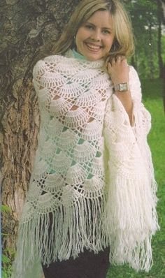 White Fringe Shawl free crochet graph pattern