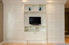 IKEA.PAX.Wardrobe.4...how to crown moulding and baseboards for built in look