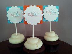 Logo cupcakes.