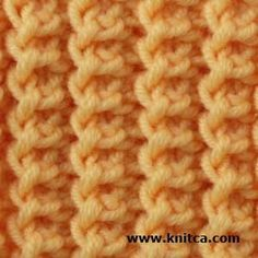 Right side of knitting stitch pattern – Ribbing 3 Hinreihe: Rückreihe: *knit 1 st, yarn over, knit 2 sts, then pass yarn over over 2 stitches you've just knit*, repeat from * to * as necessary. Knitting Stiches, Loom Knitting, Crochet Stitches, Baby Knitting, Knitting Scarves, Knitting Designs, Knitting Patterns Free, Knit Patterns, Stitch Patterns