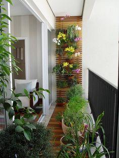 Idea para hacer una pared verde en el balcón. Míni jardín dentro del departamento