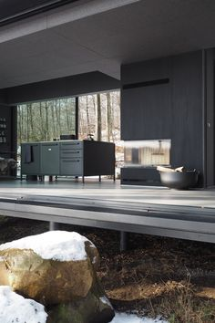 The Vipp shelter is set in the Swedish forests designed by Morten Bo Jensen showcasing Vipp's incredible designs. Here I experience a weekend at the Vipp shelter and a dream come true. Barn Conversion Interiors, Condominium Interior, Forest Design, Modern Home Interior Design, Futuristic Furniture, Dark Interiors, Modern Spaces, Glass House, Lounge Areas