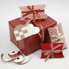 Indpakning med klapæsker, jul