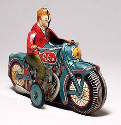 Palira tin motorcycle