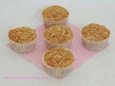 Zdravé jablkové muffinky s ovsenými vločkami Mini Cupcakes, Baking, Breakfast, Food, Fitness, Morning Coffee, Bakken, Essen, Meals